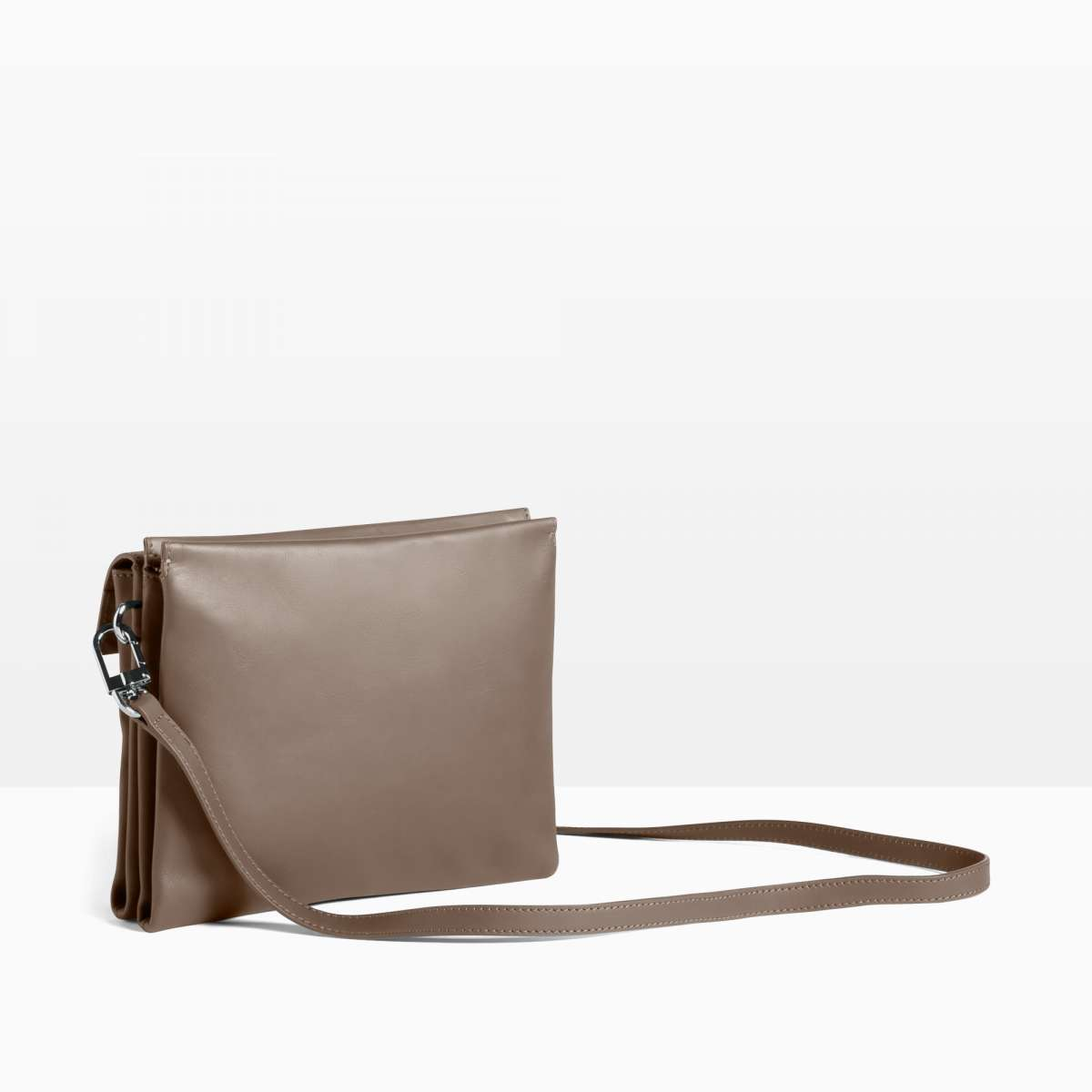 Pure 3, carbon, crossbody double W20